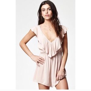 Kendall & Kylie Pink Ruffled Romper Size Xs
